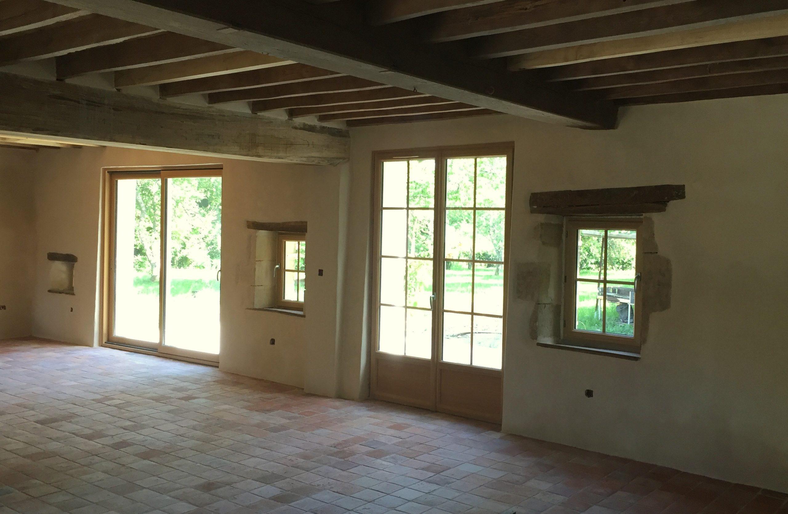 enduits à la chaux ; rénovation ancienne maison  ;rénovaton à la chaux ; enduits intérieurs à l'ancienne ; rénovation longère Puisaye